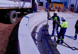 Montage einer Lokomotiv-Drehscheibe für das Projekt Nacala Corridor