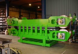Double-belt press for the metal industry