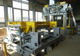 Factory test of a lifting facility for rolling stock for static and dynamic load tests